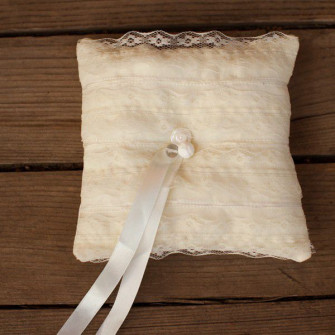 Кружевная подушечка для колец (3 вида)