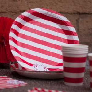 Тарелки бумажные (красные)