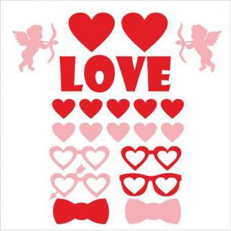 LOVE - фотобутафория