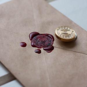 Печать сургучная с инициалами