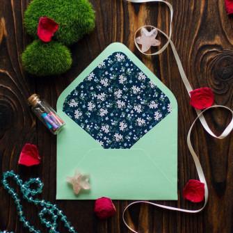 Купить мятный конверт для приглашения из дизайнерской бумаги