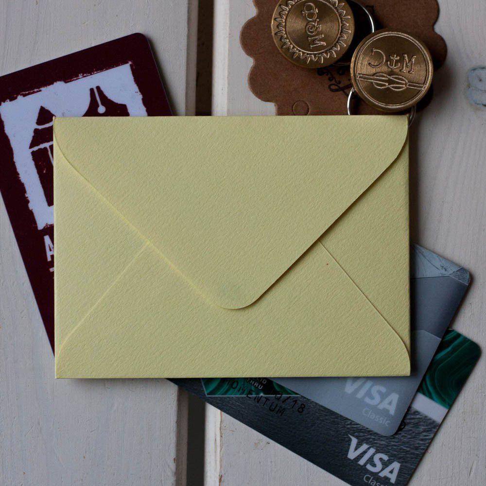 Солнечный, светло-желтый — конверт для визитки 10х7.5 см
