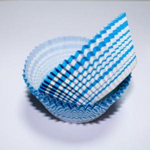 Формочки для капкейков в узкую полоску (голубые)