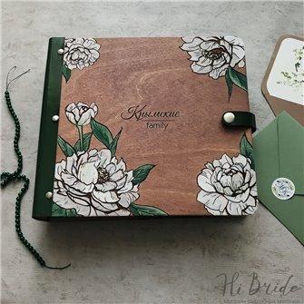 Белые пионы - Деревянный свадебный фотоальбом