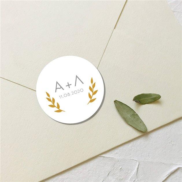 Круглая наклейка на конверт