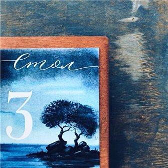 2 дерева - бумажный номерок на стол