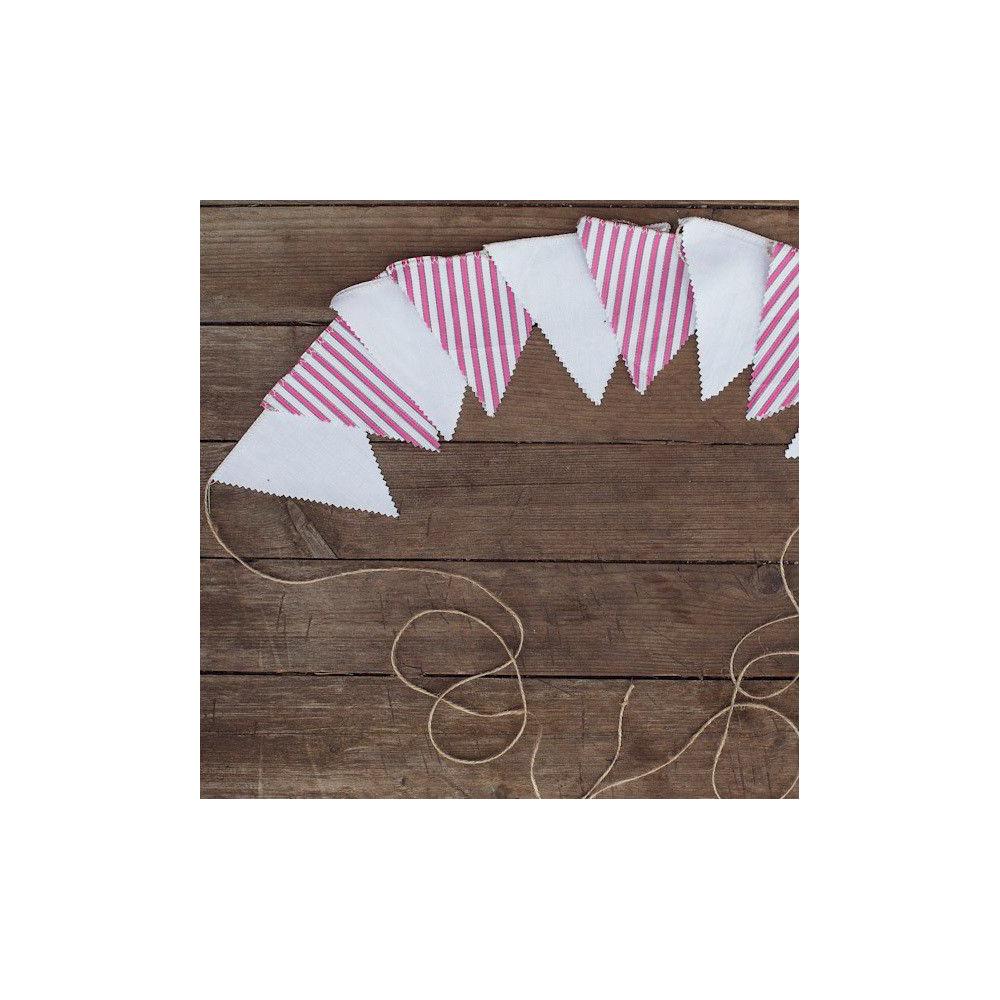Гирлянда на свадьбу из флажков в розовую полоску