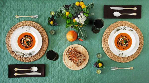 сервировка стола на свадьбу осенью