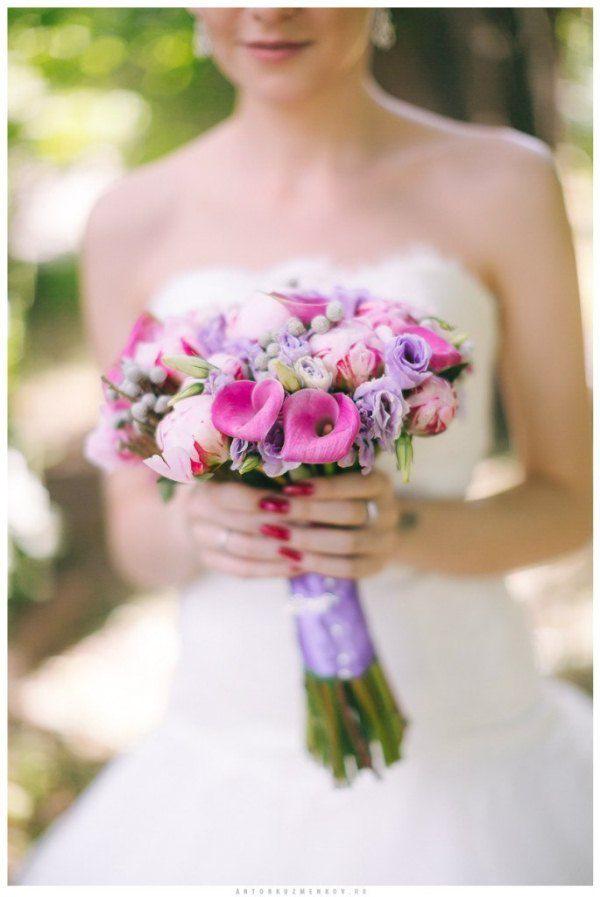 букет невесты фиолетовый с розовым