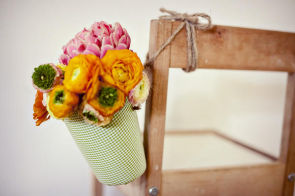 цветок в горшке на свадьбу