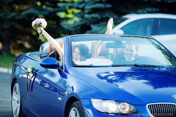 декор автомобиля на свадьбу