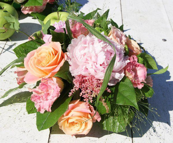 букет невесты летом