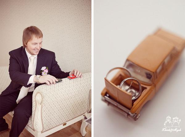 жених на ретро свадьбе