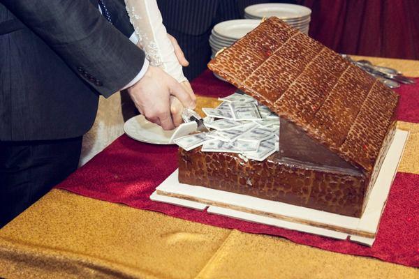 торт на свадьбу в стиле Чикаго