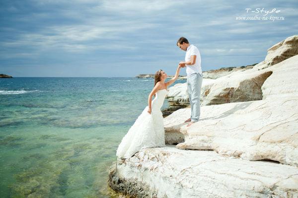 свадьба на Кипре на берегу моря