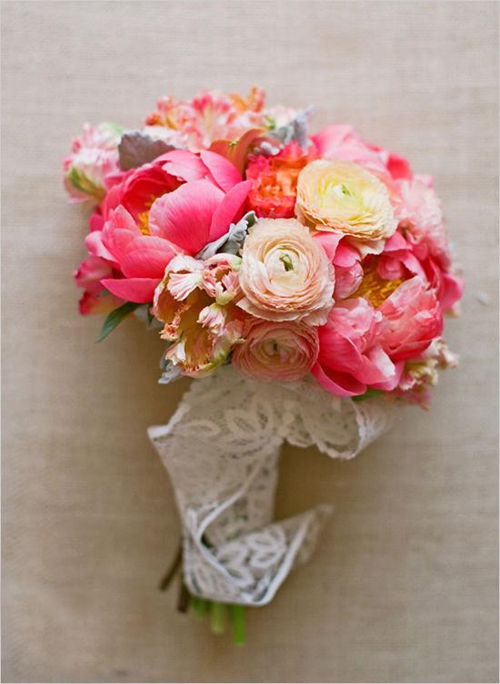 пионы в букете невесты
