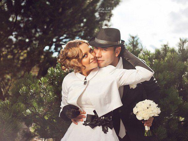 образ невесты и жениха на свадьбе в черном и белом цвете