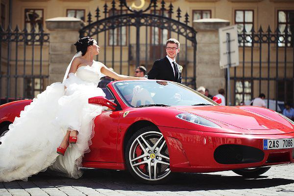 феррари на свадьбе