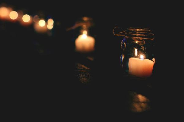 свечи в оформлении свадьбы