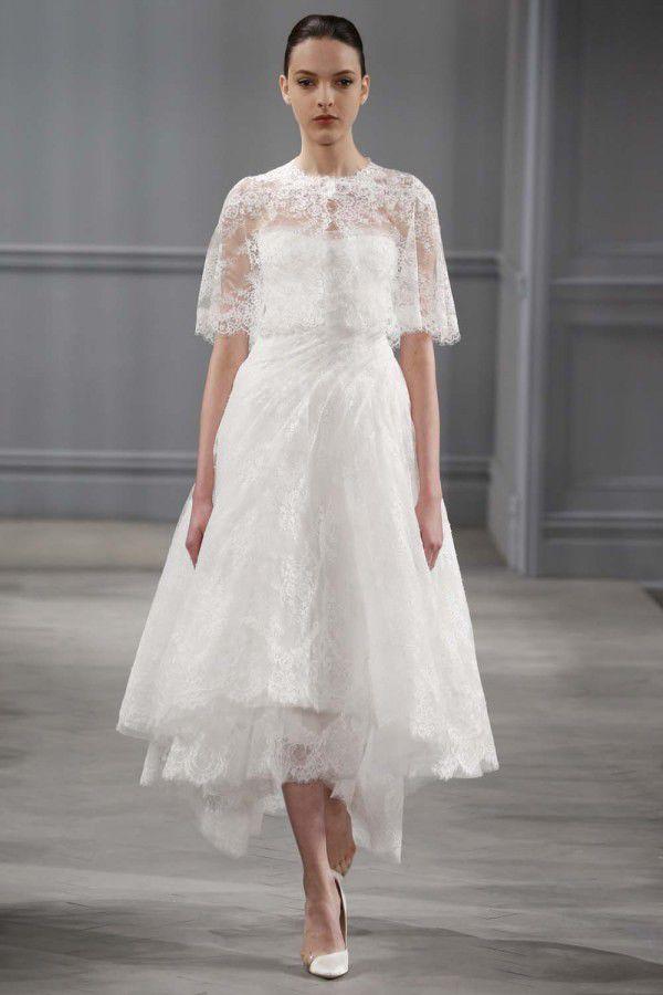 свадебное платье с кружевной отделкой Monique Lhuillier