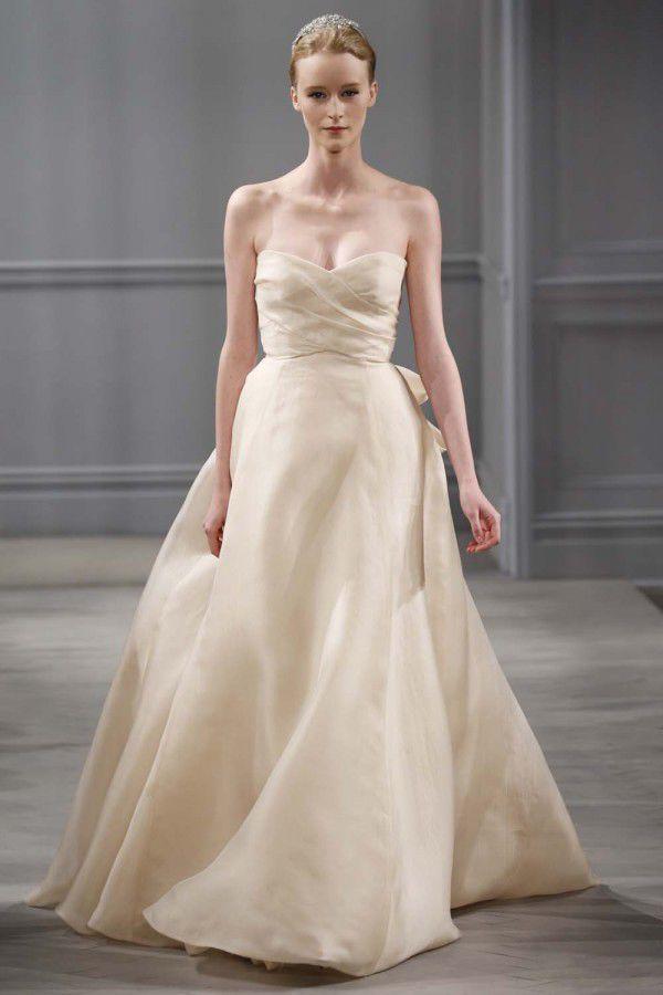 свадебное платье цвета шампанского Monique Lhuillier
