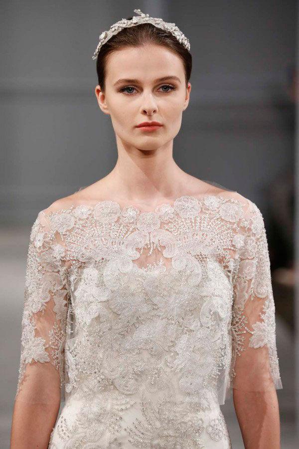 свадебное платье с оригинальной отделкой