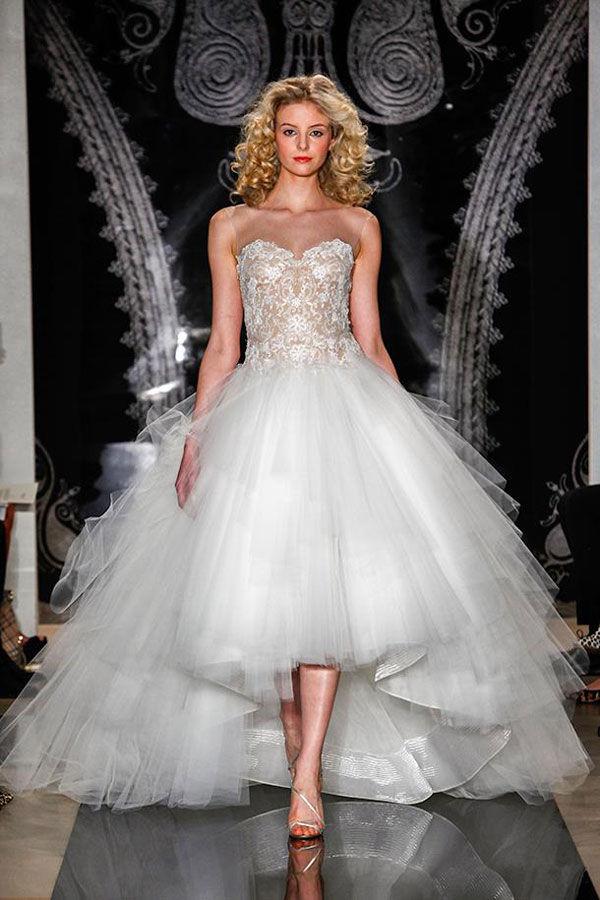свадебные платья пышные с кружевами