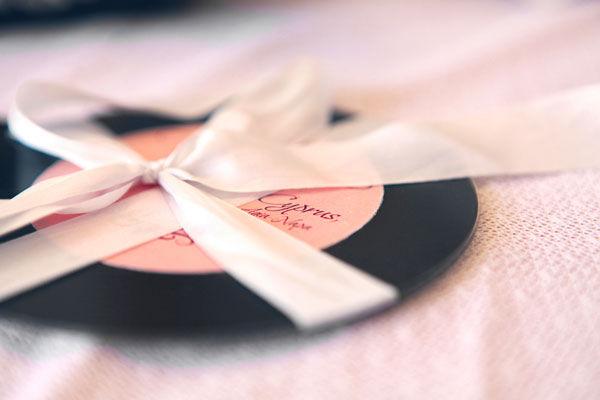 необычные пригласительные на свадьбу
