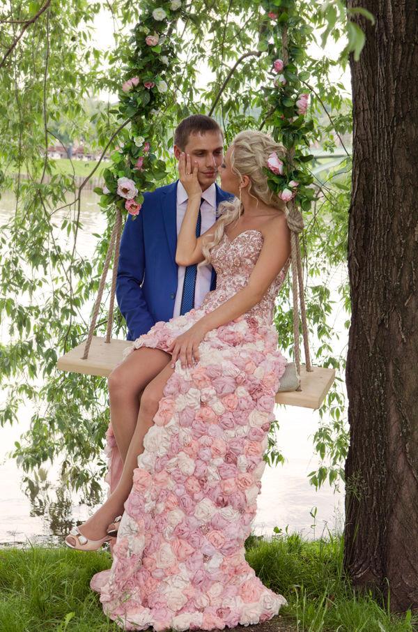 качели на свадьбе
