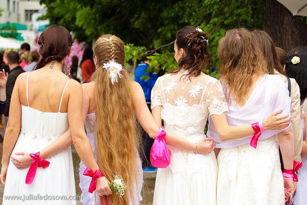 cosmopolitan сбежавшие невесты