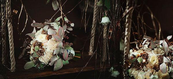 букет невесты белый с зеленым