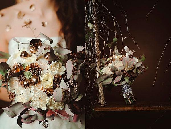 букет невесты с золотом