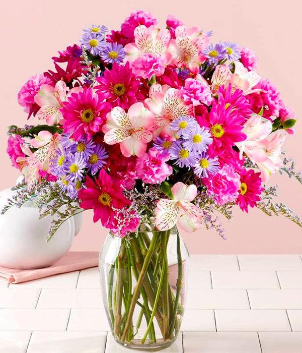 букет цветов в подарок на свадьбу
