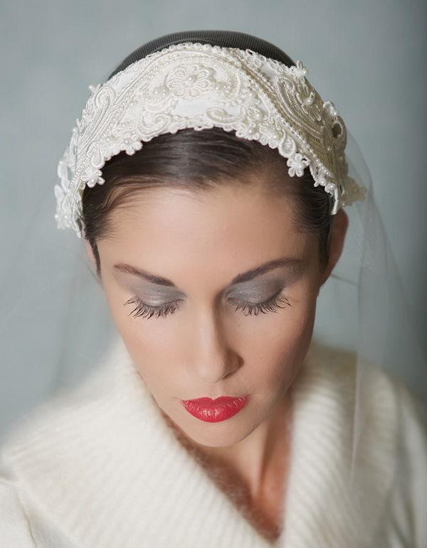 прически невесты с фатой