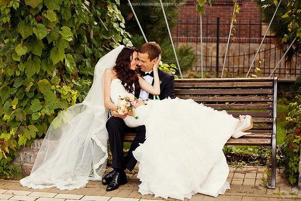 свадебная фотосессия в парке осенью