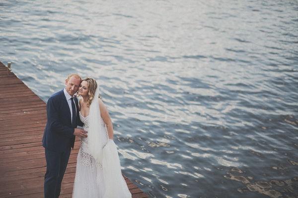 свадьба летом на берегу