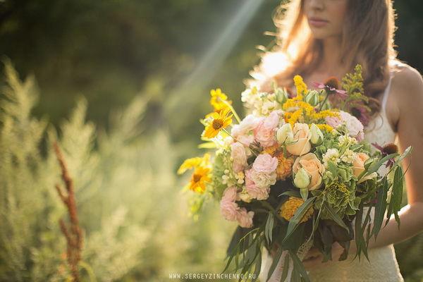 свадебный букет летом
