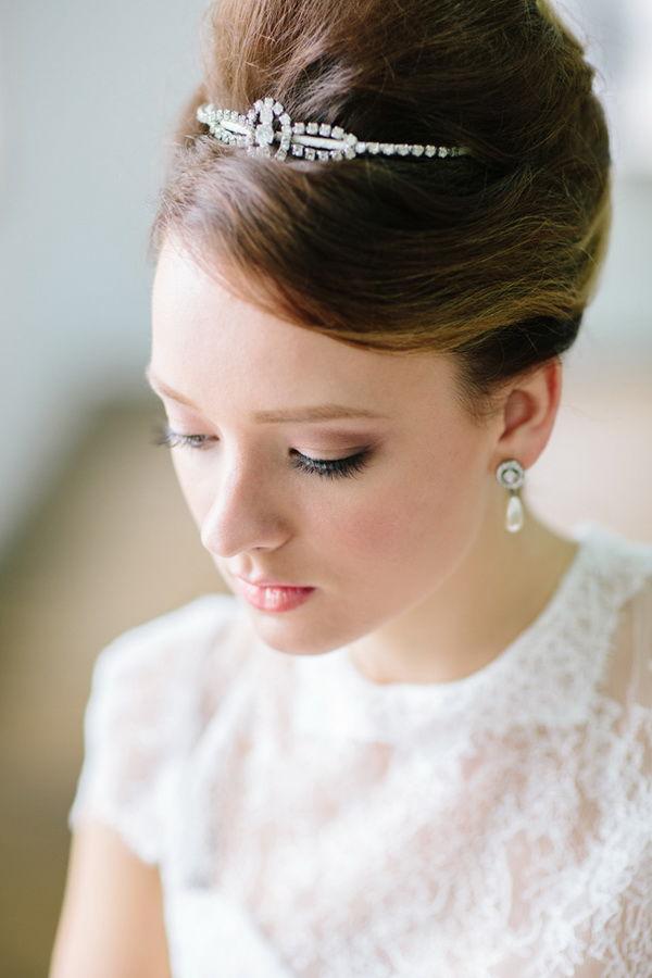 прическа бабетта на свадьбу