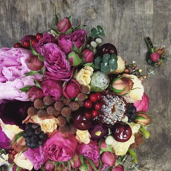 свадебные букеты с ягодами