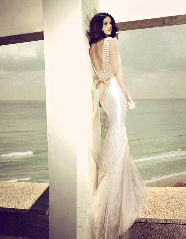 свадебное платье с жемчугом