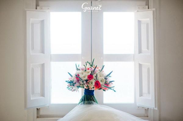 букет невесты с корралловым