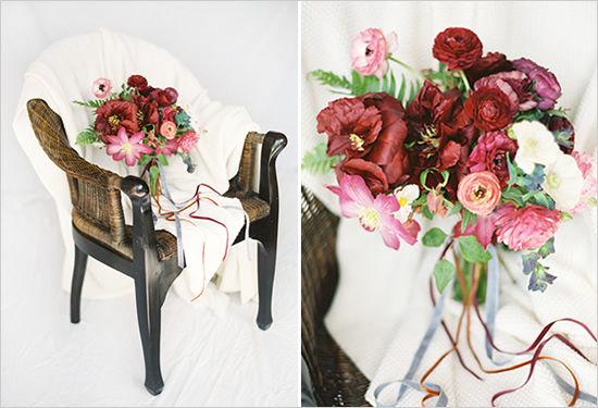 бордовый букет невесты