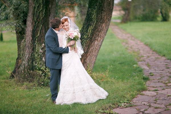 свадебная прогулка на природе