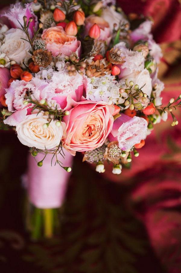 букет невесты с тюльпанами