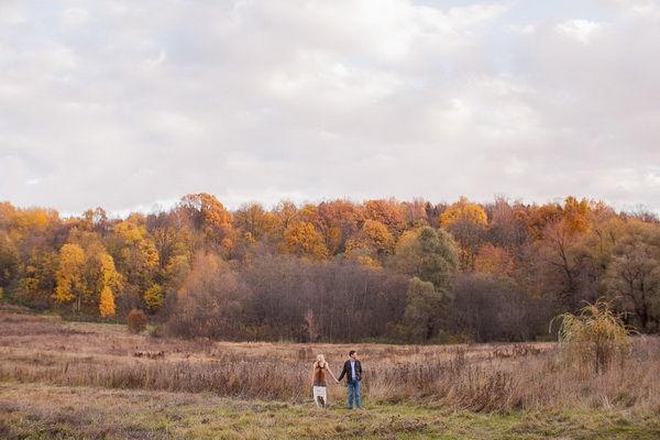 Прогулка осенью в лесу