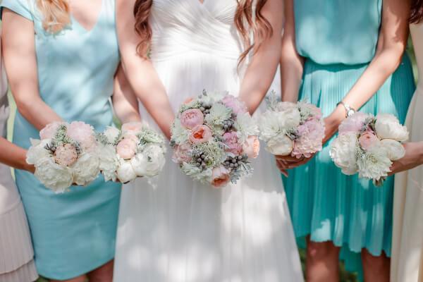 букеты подружек невесты