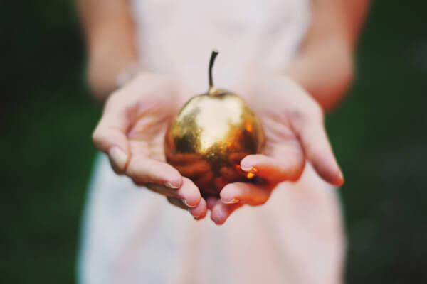 золото на свадьбе