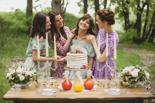 Как провести девичник весело