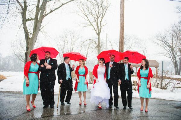 мятный и красный на свадьбе