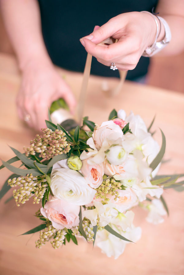 апрельский букет невесты